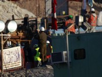 Chili: les miraculés de la mine de San Jose revoient le jour