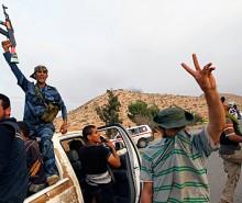 Libye : les rebelles affirment progresser dans l'Ouest