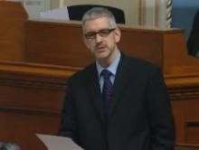 Droit inaliénable de manifester: Charest reporte le vote d'une motion d'Aussant