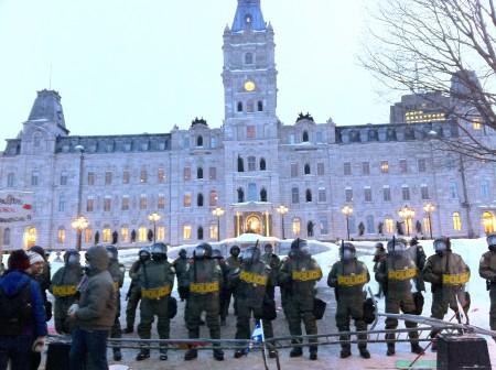 L'Assemblée Nationale du Québec occupée par la police