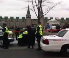 Grève étudiante: les policiers utilisent un prétexte bidon pour neutraliser une cinquantaine de personnes à Québec